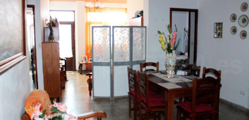 2 Apartamentos + Garaje + Local