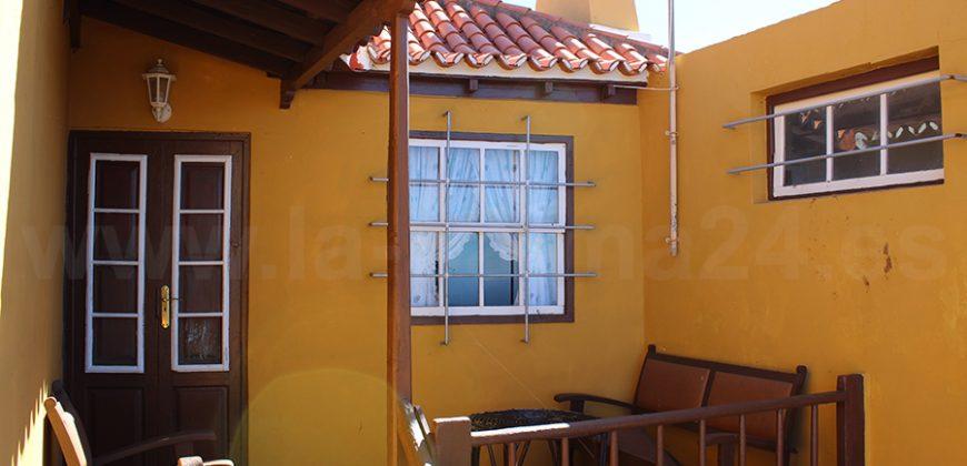 Casa con gran finca en Garafía