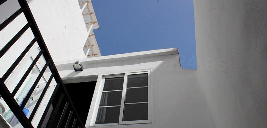 Casa con dos viviendas