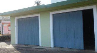Parcela urbana + garajes en Breña Alta