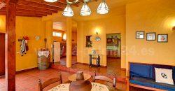 Casa con bodega en Fuencaliente